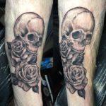 carola skull tattoo